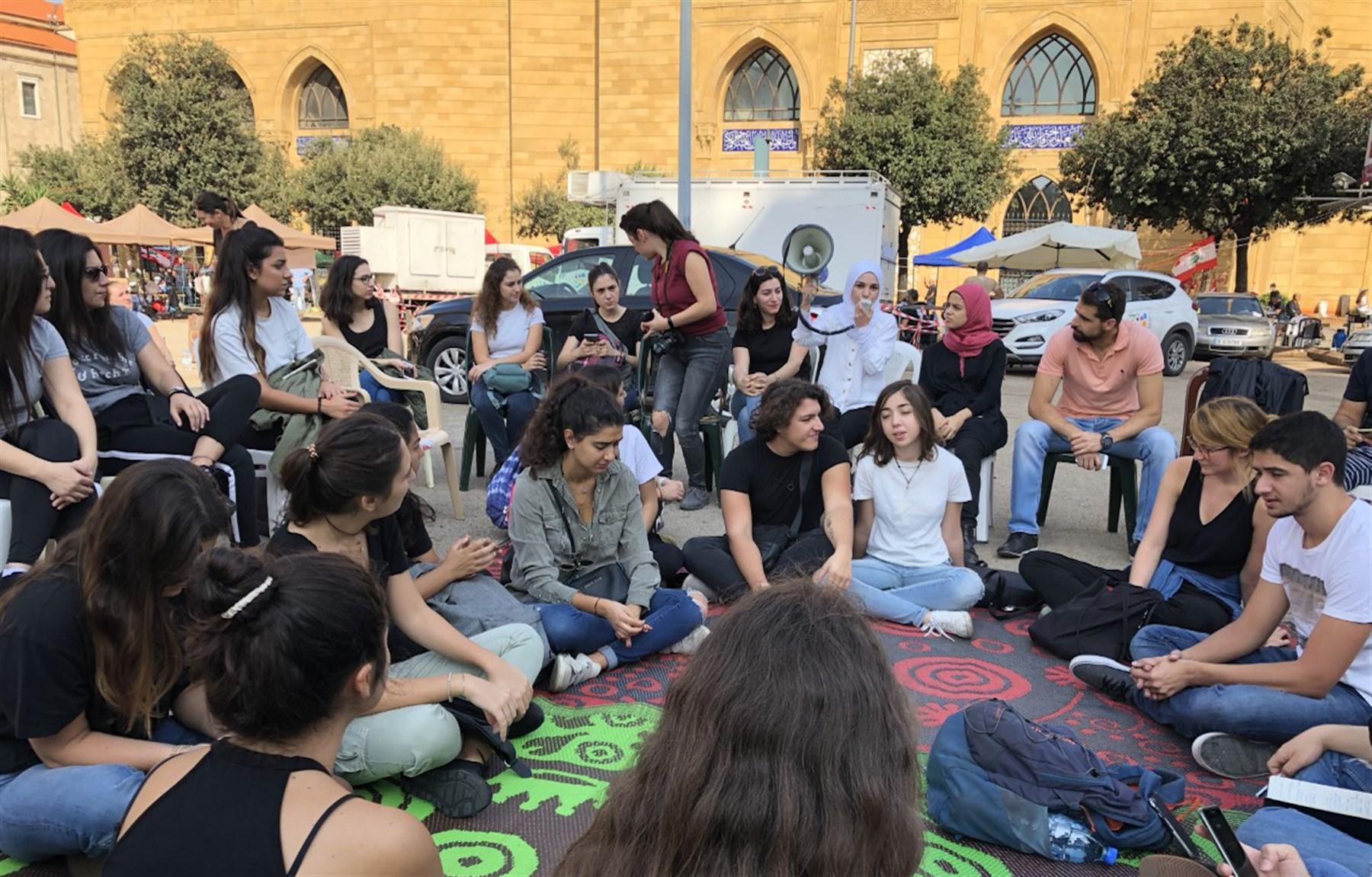 الشباب في لبنان: صياغة السياسات والمواقف وأشكال التعبئة