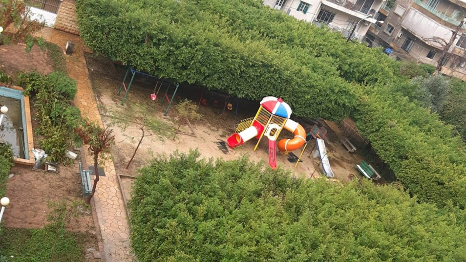 Children's play area section of the Jesuits Garden in Geitaoui. (Source: Dounia Salamé, November, 2020)