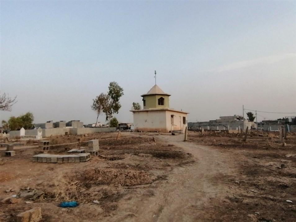 مقبرة تقع بالقرب من قرية قري تخ (تصوير: الباحثون المحليون، 2019)